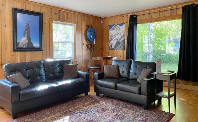 Shasta Bunkhouse Living Room